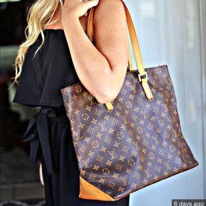 Authentic Louis Vuitton Cabas Mezzo